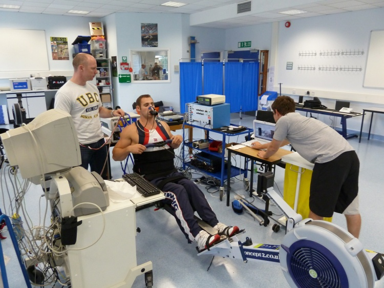 Respiratory-physiology-Paralympic-arms-only-rowing